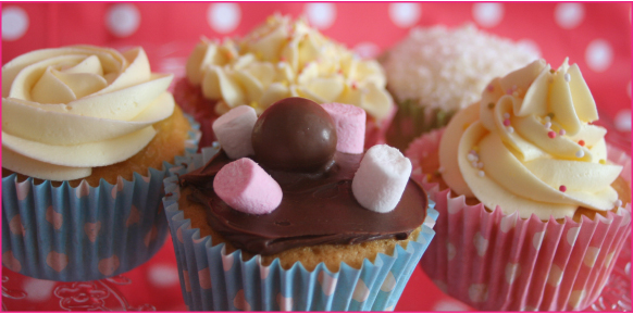 Edinburgh-Cupcakes-Licks-Cake-Design-Long